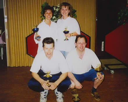 http://www.bowlingverenigingheiloo.nl/fotos_verhalen/foto's/1998_0000-SupFin-Scratch1-SerreLux.jpg
