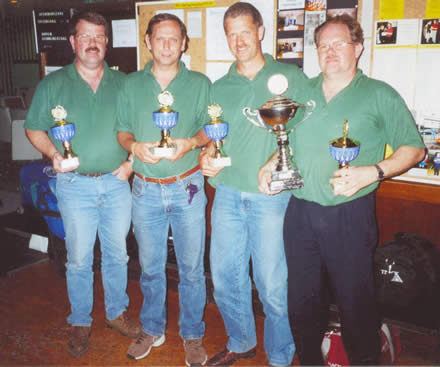 http://www.bowlingverenigingheiloo.nl/fotos_verhalen/foto's/2000_0000-SupFin-Hcp-DeKlussenier.jpg