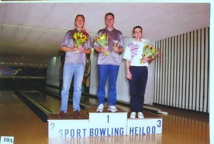 http://www.bowlingverenigingheiloo.nl/fotos_verhalen/foto's/2000_0000-Ver.kamp-Heren-AB.jpg