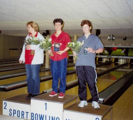 http://www.bowlingverenigingheiloo.nl/fotos_verhalen/foto's/2005_0000-Ver.kamp-Dames-ABCD.jpg