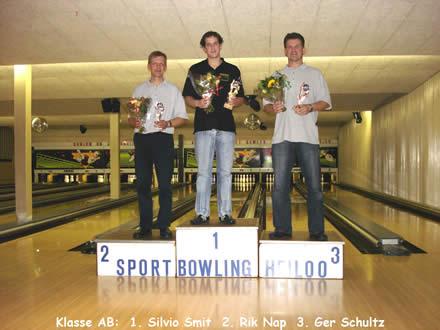 http://www.bowlingverenigingheiloo.nl/fotos_verhalen/foto's/2006_0000-Ver.kamp-Heren-AB.jpg