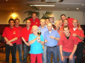 http://www.bowlingverenigingheiloo.nl/fotos_verhalen/foto's/2008_0000-SupFin-Hcp5.jpg