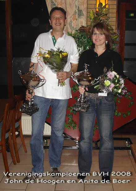 http://www.bowlingverenigingheiloo.nl/fotos_verhalen/foto's/2008_0000-Ver.kampioenen-2008.jpg