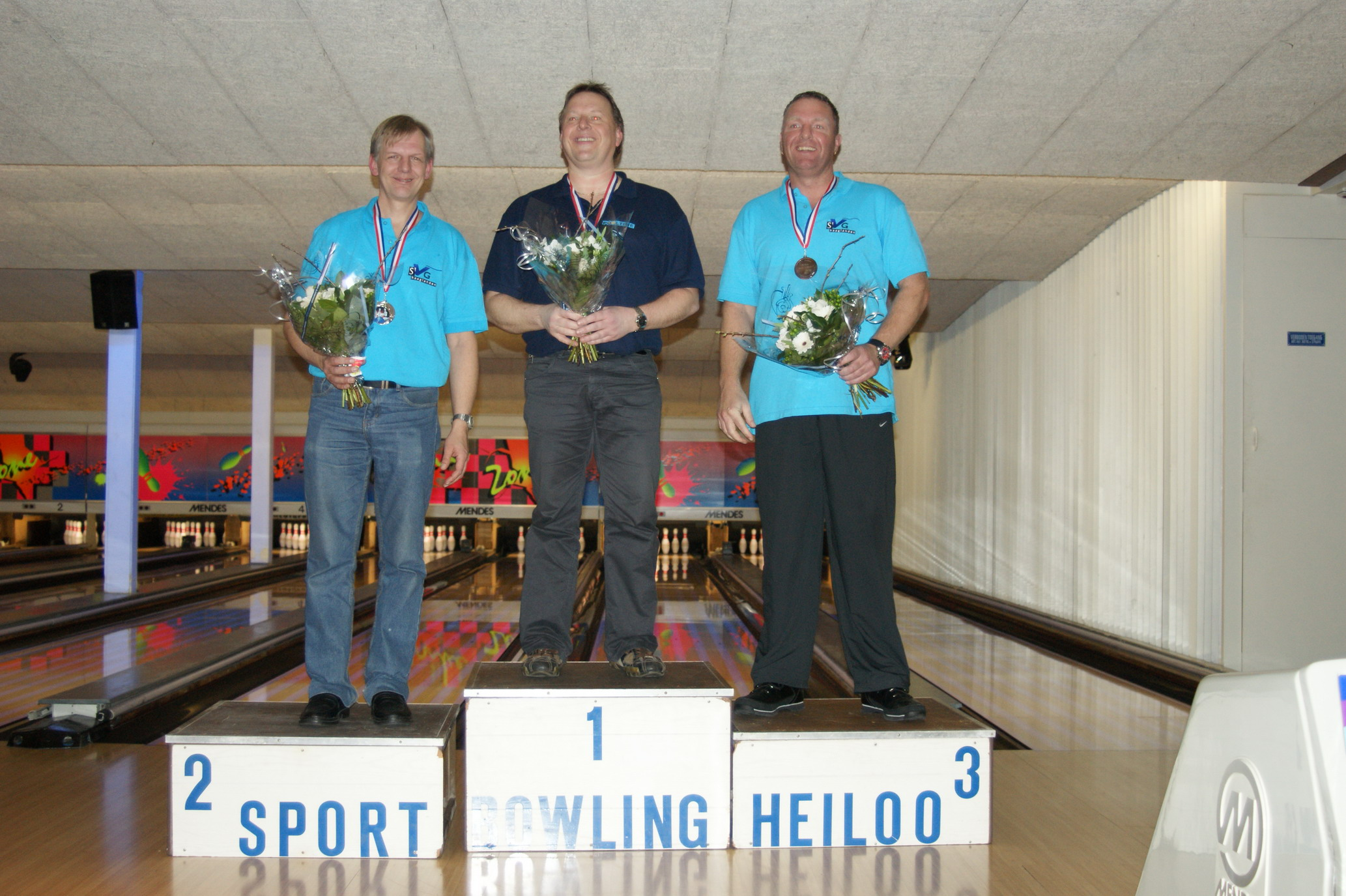 http://www.bowlingverenigingheiloo.nl/fotos_verhalen/foto's/2010_0204-Ver.kamp-Heren-AB.jpg