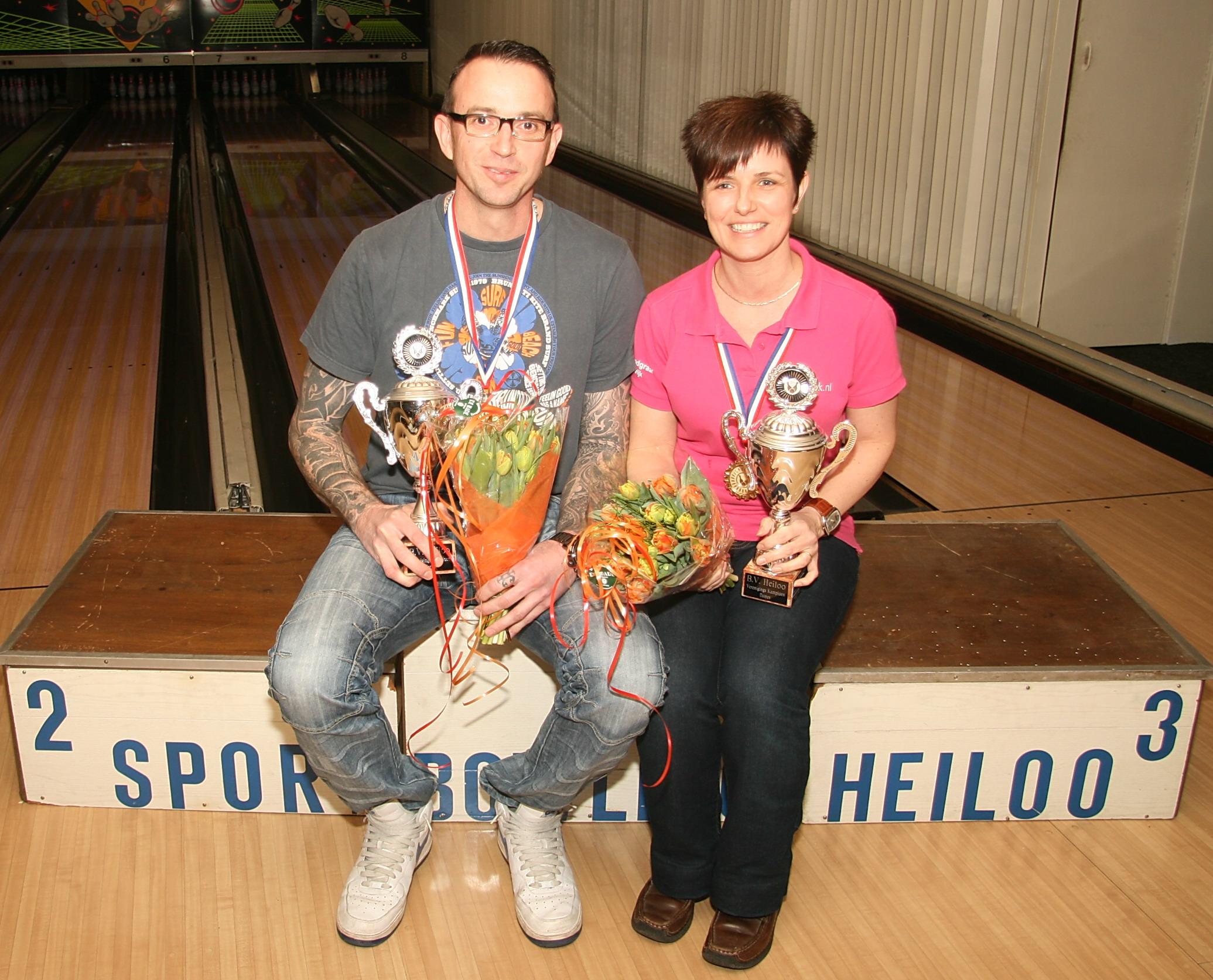 http://www.bowlingverenigingheiloo.nl/fotos_verhalen/foto's/2014_0213-Ver.kampioenen-2014.jpg
