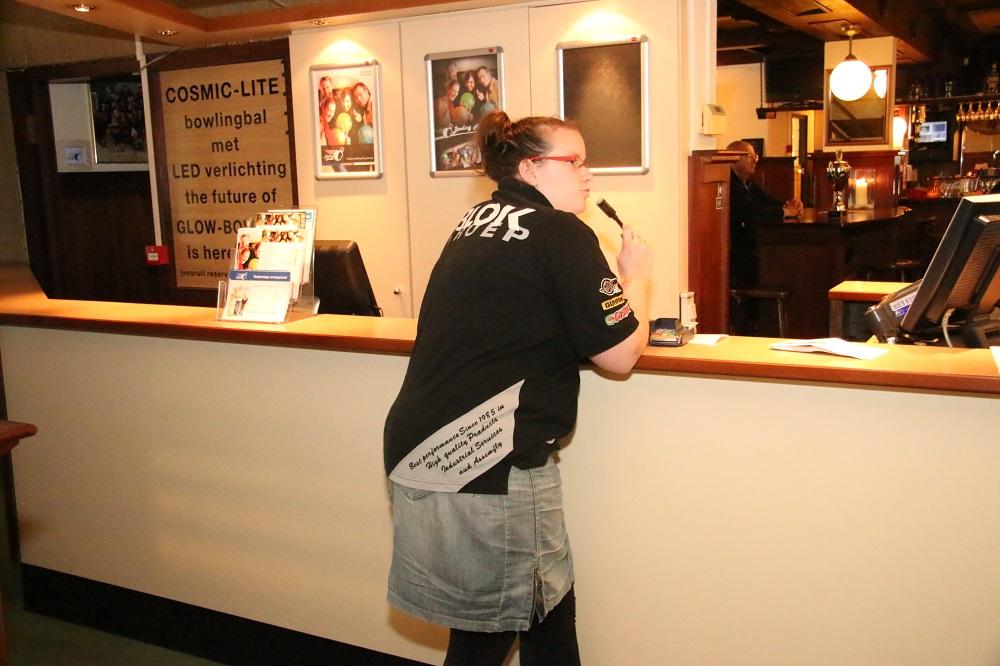 http://www.bowlingverenigingheiloo.nl/fotos_verhalen/foto's/2014_0522-SupFin-Wedstrijdsecretaris Patricia.jpg