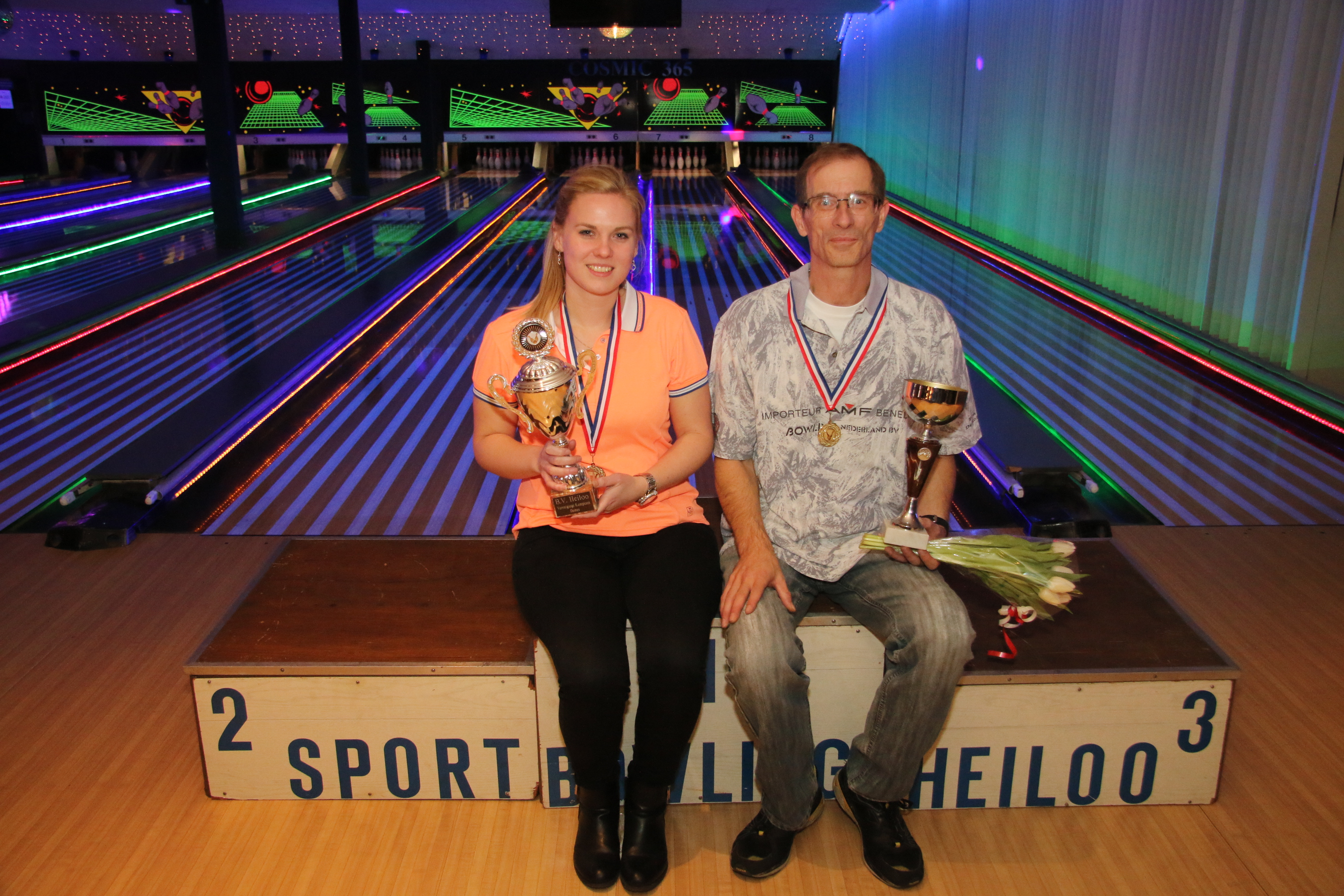 http://www.bowlingverenigingheiloo.nl/fotos_verhalen/foto's/2015_0212-Verenigingskampioenen-2015.jpg