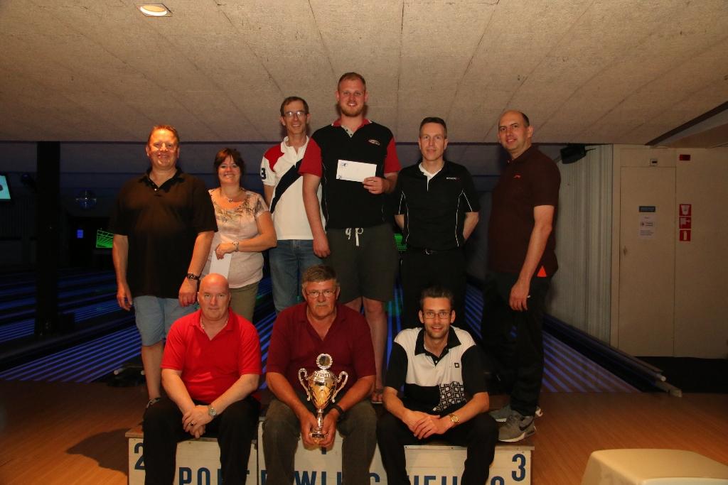 http://www.bowlingverenigingheiloo.nl/fotos_verhalen/foto's/2017_0524-SupFin-Scratch.jpg