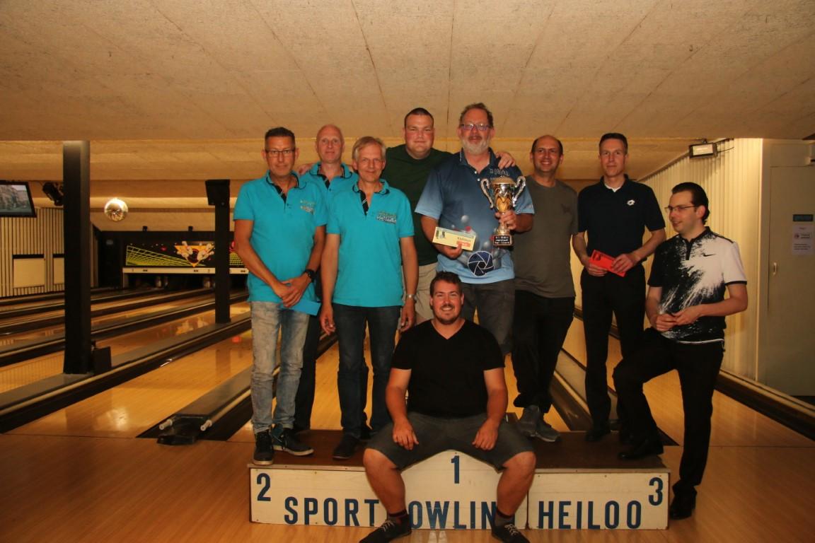 http://www.bowlingverenigingheiloo.nl/fotos_verhalen/foto's/2018_0531-SupFin-Scratch .jpg