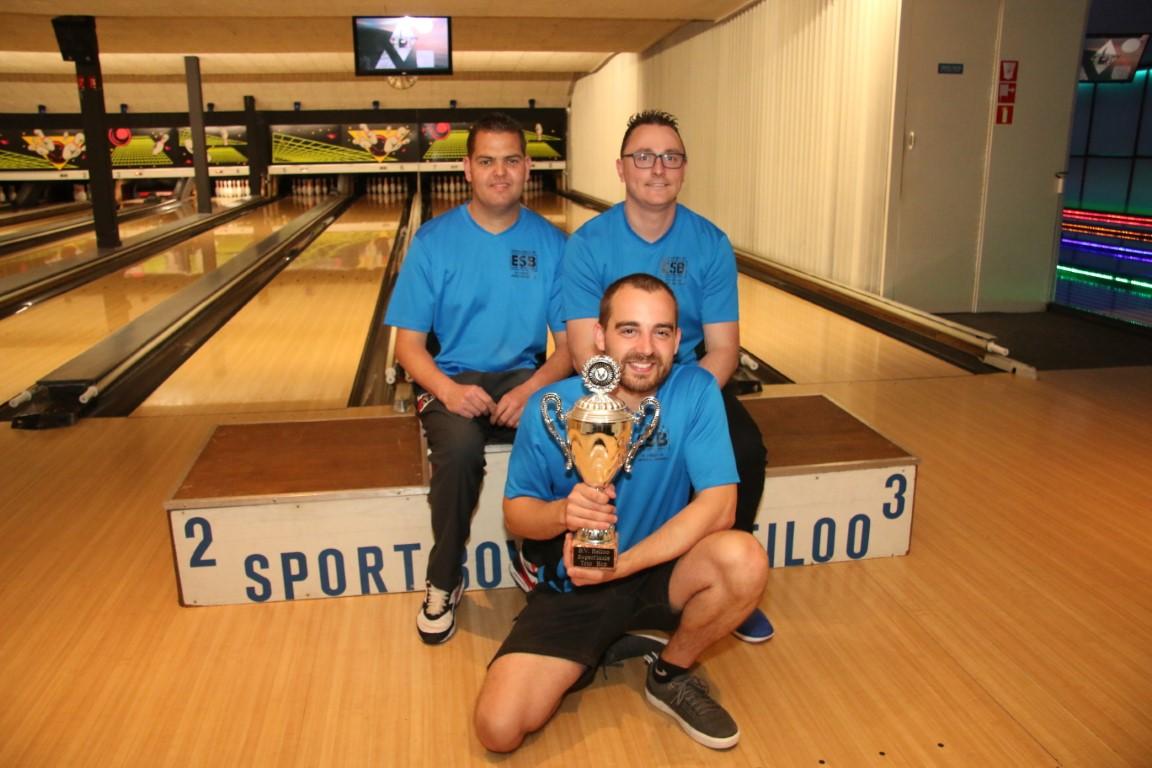 http://www.bowlingverenigingheiloo.nl/fotos_verhalen/foto's/2019_0528-SupFin-Trio-Hcp-Ten Pin Maffia .jpg