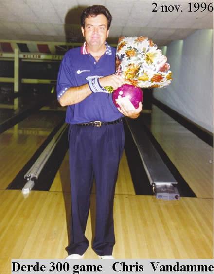 http://www.bowlingverenigingheiloo.nl/wall_of_fame/foto's/1996_1102-300Game-ChrisVandamme.jpg