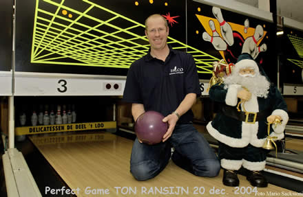 http://www.bowlingverenigingheiloo.nl/wall_of_fame/foto's/2004_1220-300Game-TonRansijn.jpg