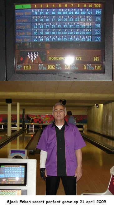 http://www.bowlingverenigingheiloo.nl/wall_of_fame/foto's/2009_0421-300Game-SjaakEeken.jpg