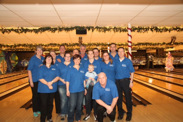 http://www.bowlingverenigingheiloo.nl/wall_of_fame/foto's/2013_1215-BVH-Stedenteam-2013-in-Huizen.jpg
